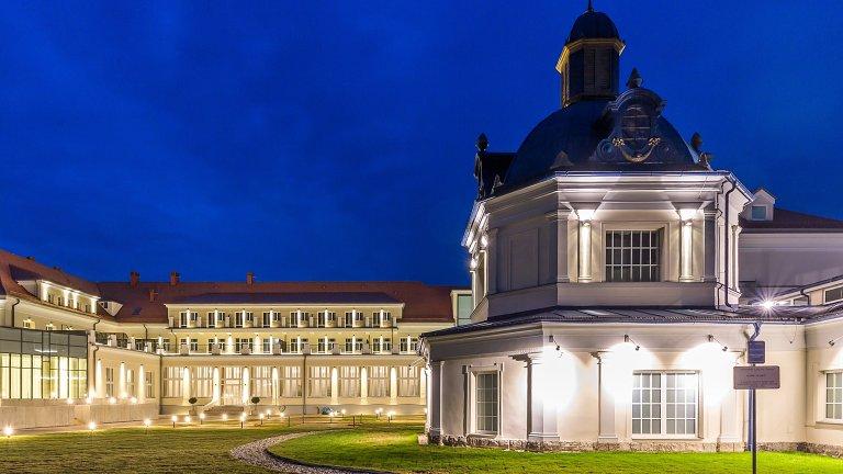 Royal Palace *****