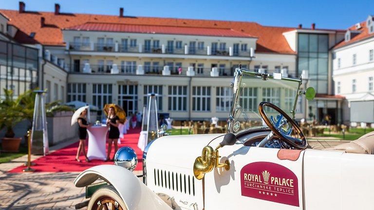Slávnostné otvorenie hotela Royal Palace*****